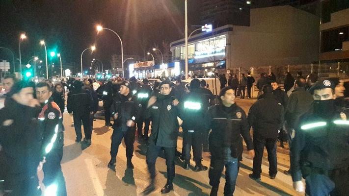 Bursaspor fans protest after losing