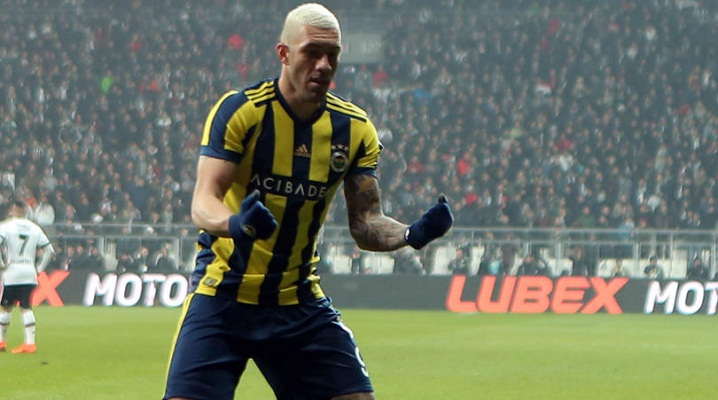 Fenerbahce striker Fernandao banned for goal celebration
