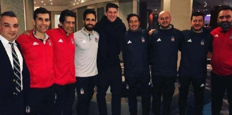 Mario Gomez visits Besiktas