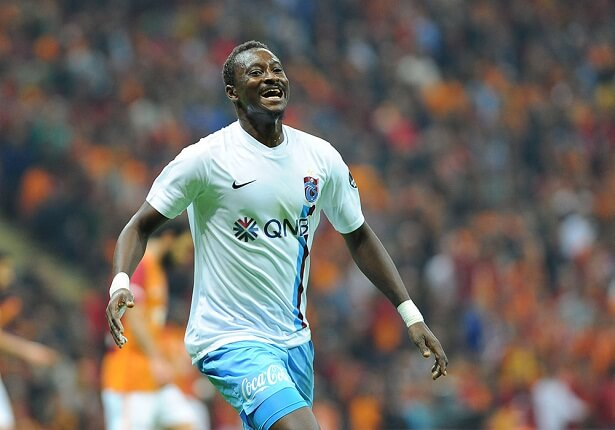 Trabzonspor fans want striker Dame N'Doye to be offered a new contract