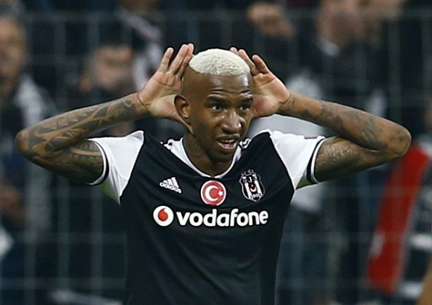 Benfica extend Talisca contract by one year