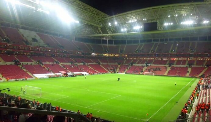 Turkish clubs make more money on transfers