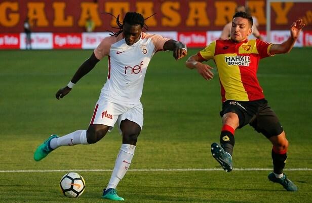Bafetimbi Gomis becomes league's top-goalscorer