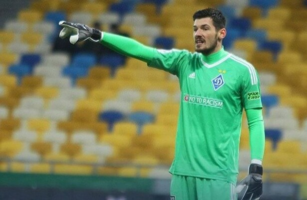 Besiktas goalkeeper Denys Boyko transfers to Dynamo Kiev