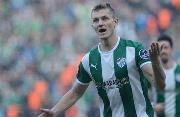 Bursaspor looking for a buyer for Tomas Necid