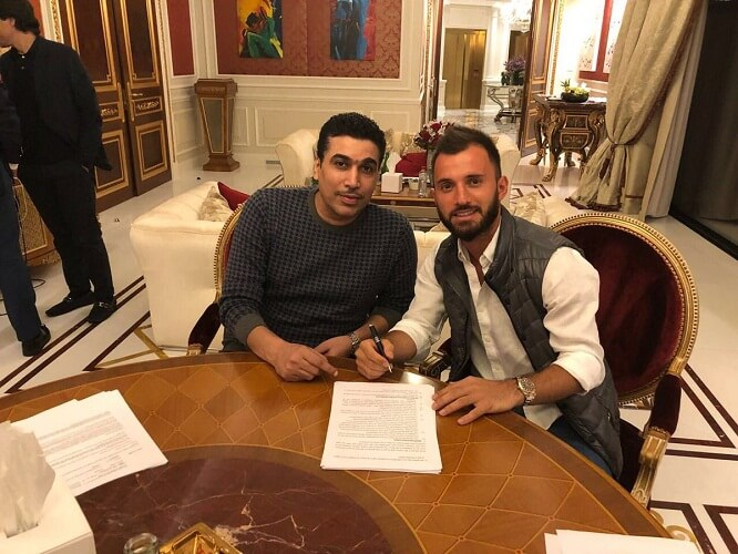Emre colak signing contract with Al-Wahda