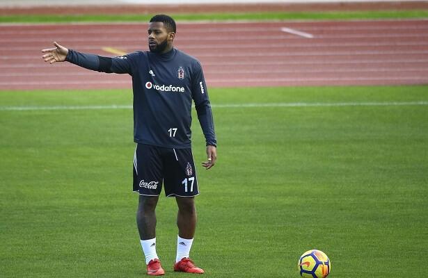 Besiktas make Lens transfer from Sunderland