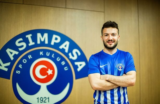 Ozgur Cek signs for Kasimpasa