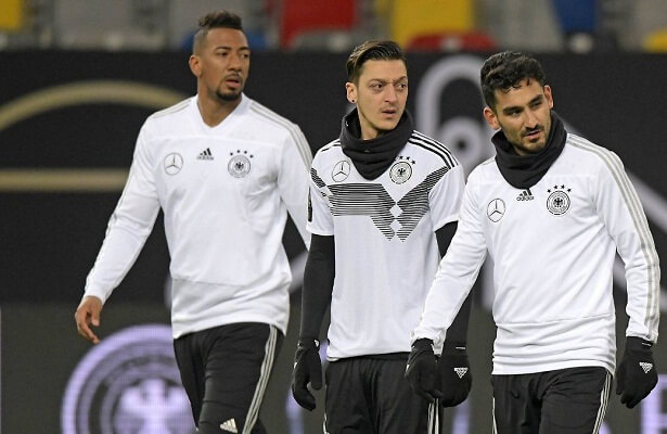 Ozil and Gundogan continue to be booed by Germany fans