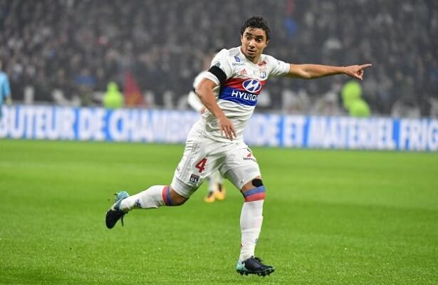 Besiktas make offer to sign Lyon full-back Rafael
