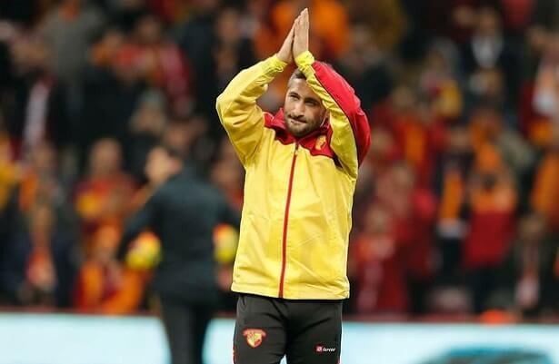 Sabri Sarioglu headed to Kayserispor