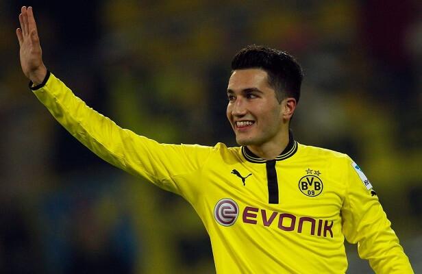 Borussia Dortmund put Nuri Sahin up for sale