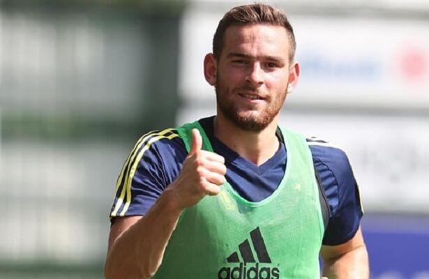 Tottenham's Vincent Janssen open to returning to Fenerbahce