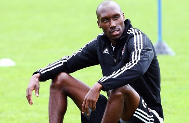 Atiba Hutchinson dismisses rumours regarding Besiktas future