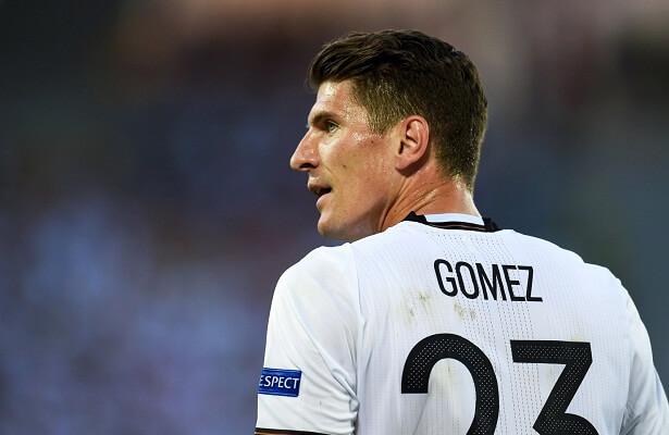 Goztepe trying to sign Mario Gomez