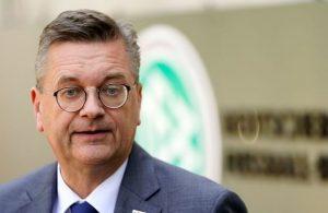 Grindel admits fault in Ozil case