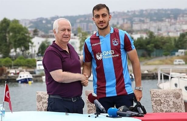 Trabzonspor sign Hosseini from Esteghlal