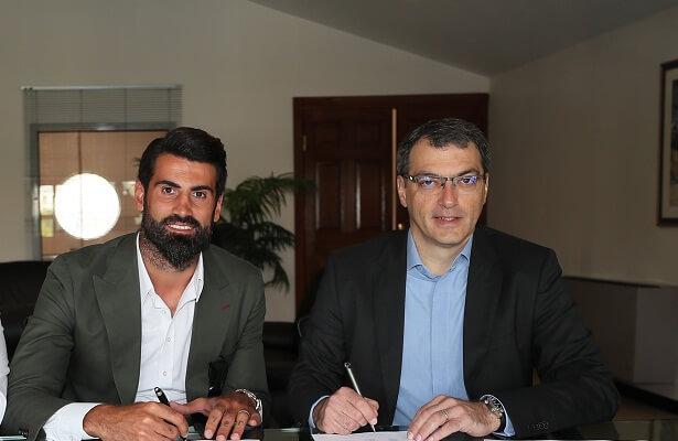Volkan Demirel extends Fenerbahce contract