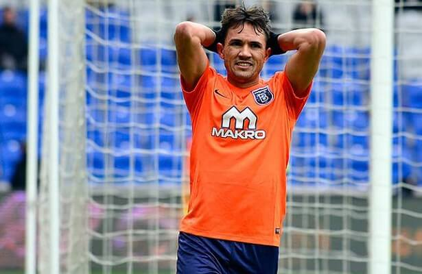 Mossoro wanted by two clubs