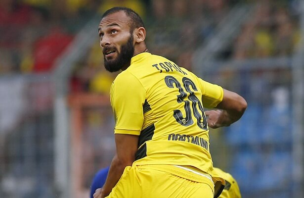 Fenerbahce offer to loan Omer Toprak from Borussia Dortmund