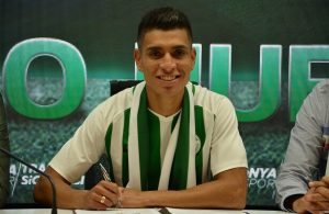Konyaspor sign Peru international Paolo Hurtado