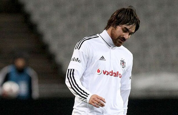 Besiktas terminate Veli Kavlak's contract