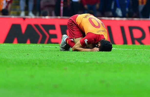 Emre Akbaba injured and sidelined for a month with injury