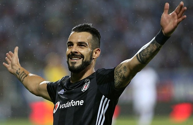 Alvaro Negredo linked with Al-Nasr