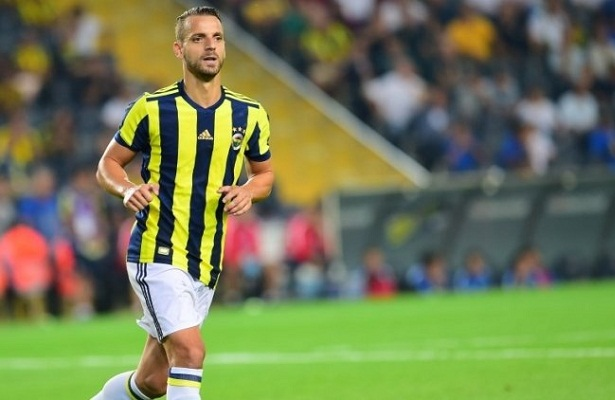 Roberto Soldado is wanted by clubs in the Middle East