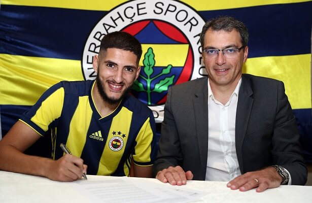 Yassine Benzia joins Fenerbahce on loan