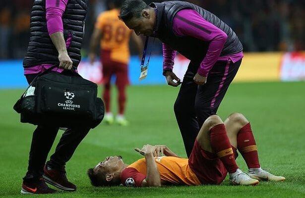 Galatasaray injury. Yuto Nagatomo suffered collapsed lung