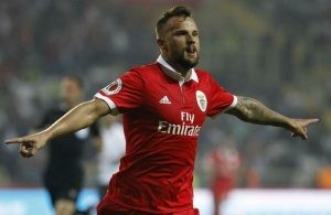 Galatasaray bid to loan Haris Seferovic from Benfica