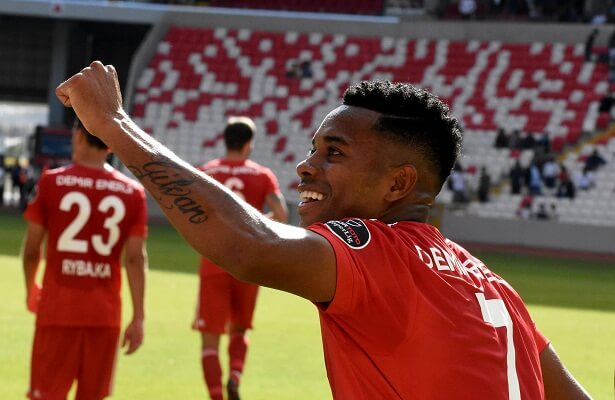 Robinho Sivasspor in talks over new deal