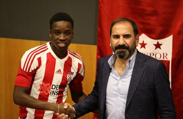 Leicester City winger fousseni diabate signs for Sivasspor