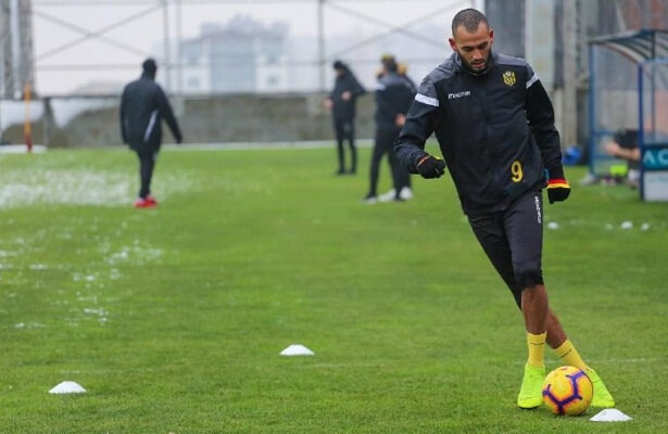 Malatyaspor sell striker Boutaib to Zamalek