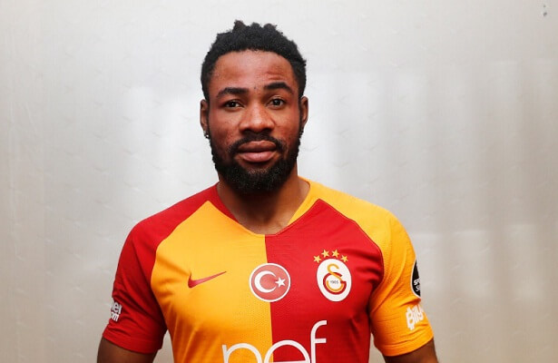 Galatasaray loan defender Luyindama from Standard Liege