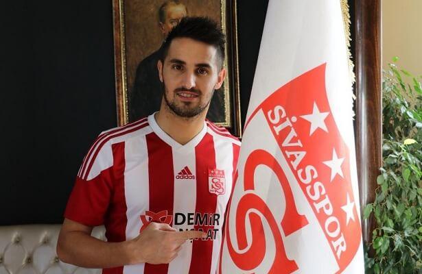 Sivasspor sign Hugo Vieira from Japanese club Yokohama