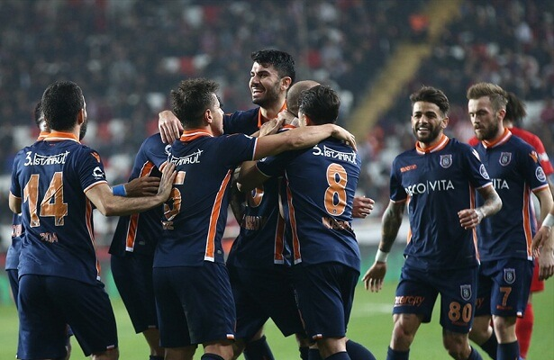Istanbul Basaksehir lead the title race