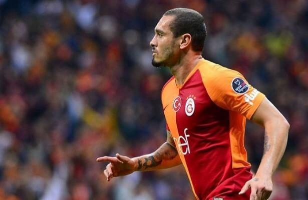 Maicon joins Al-Nassr on loan