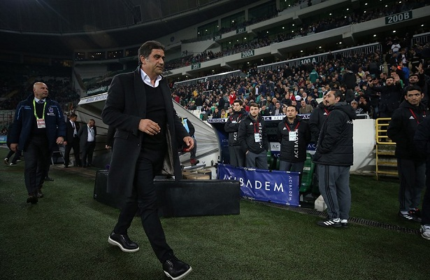 Trabzonspor coach to sign 2-year contract