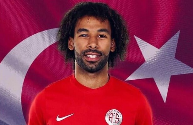 Guinean-Turkish right-back Nazim Sangare called up for Turkey