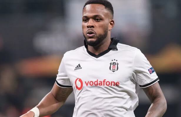 Besiktas striker Cyle Larin loaned to Zulte Waregem