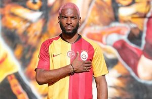 Dutch winger Ryan Babel joins Galatasaray