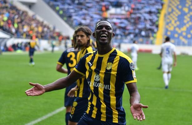 Denizlispor sign Hadi Sacko from Leeds United