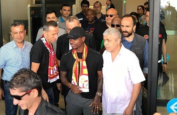 Galatasaray loan Fulham midfielder Seri