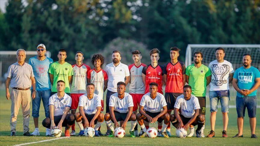 youngfootballershopeforprodreams