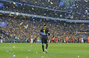 Turkish goalkeeper Volkan Demirel retires