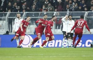 League leaders Sivasspor stun Besiktas